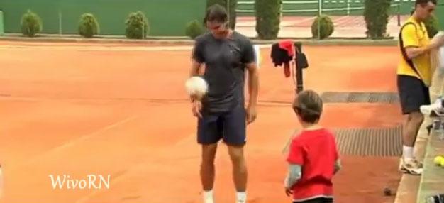 ¿Cuál es la conexión entre el fútbol y el tenis?